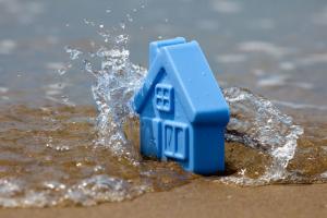 small-house-flood-beach